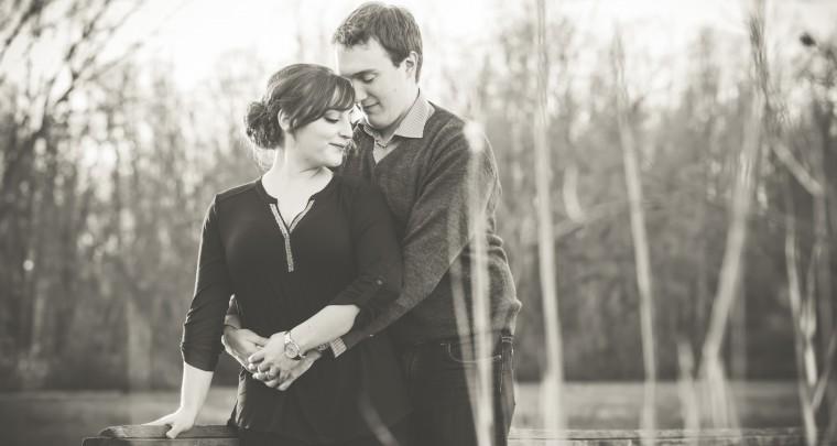 Jason & Sarah Engagment Session | Tanya Sinnett Chatham-Kent Photographer