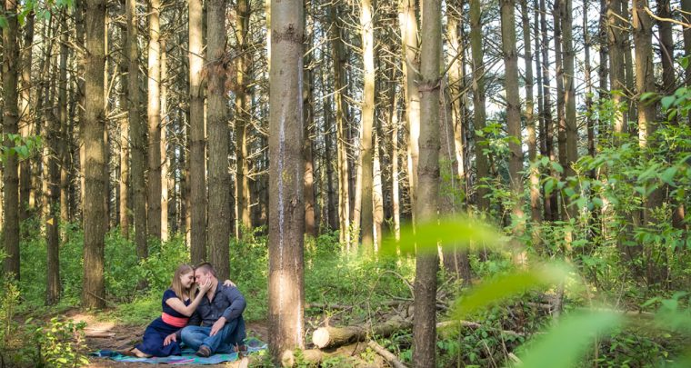 Johnny & Tina Engagement| Tanya Sinnett Chatham-Kent Engagement Photographer
