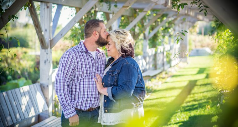 Ryan & Colleen Engagement Session | Tanya Sinnett Chatham Kent Photographer