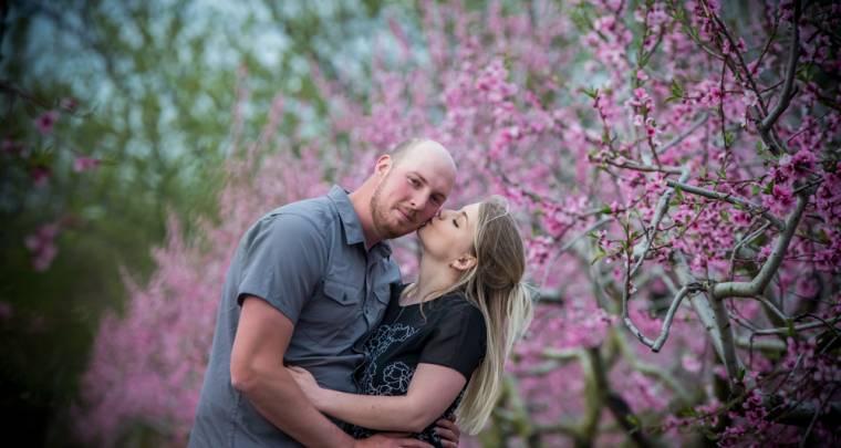 Lucas & Amber Spring Engagement | Tanya Sinnett Chatham-Kent Photographer