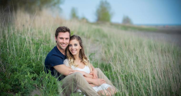 Austin & Kim Erieau Engagement Session | Tanya Sinnett Chatham-Kent Wedding Photographer