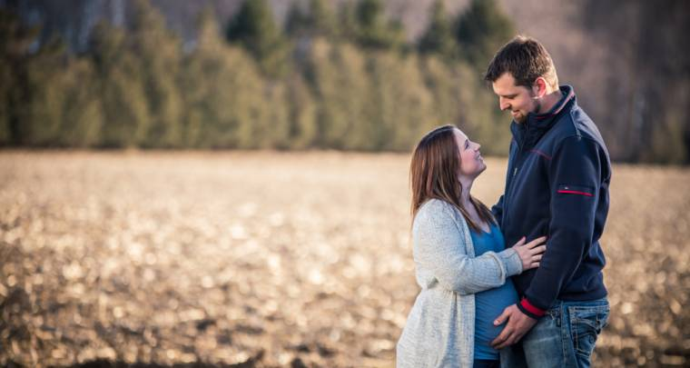 Maternity Photos | Tanya Sinnett Chatham-Kent Photographer