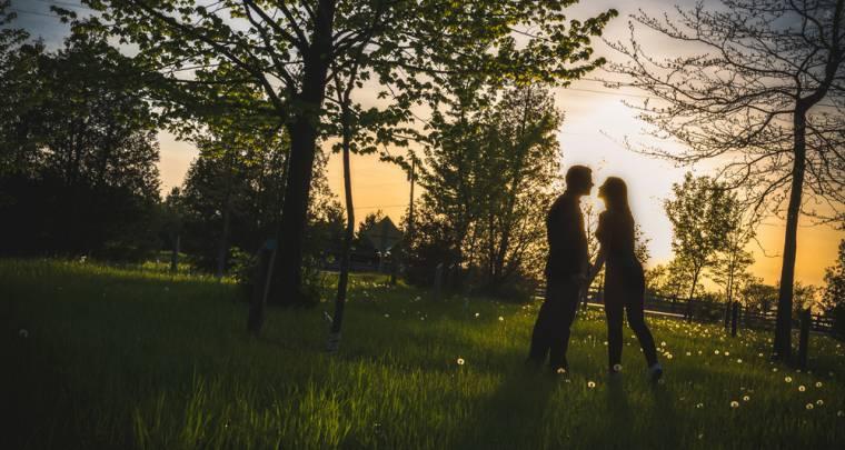 Steven & Carlee Engagement Session | Tanya Sinnett Chatham-Kent Wedding Photographer