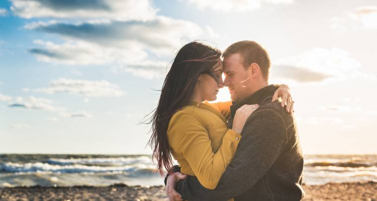 Mat & Sam Engagement Photos | Tanya Sinnett Chatham-Kent Wedding Photographer