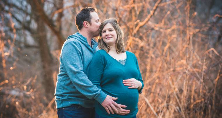 Jason & Alyssa Maternity Photo Shoot | Tanya Sinnett Chatham-Kent Family Photographer