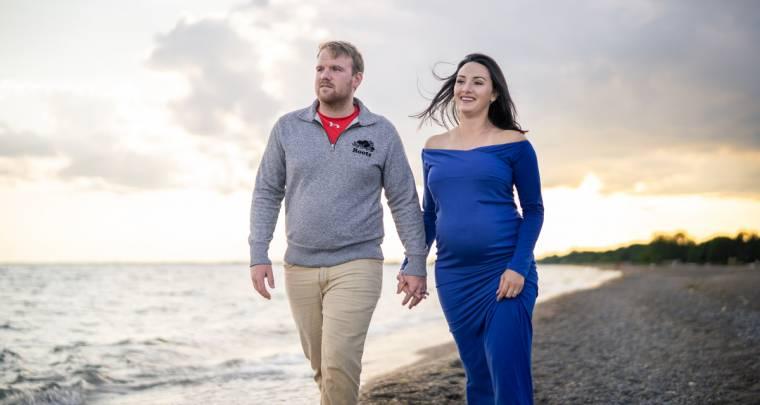 Mat & Samantha Beach Maternity Session | Tanya Sinnett Chatham-Kent Photographer