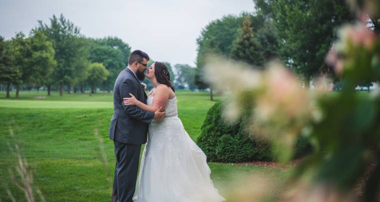 Adam & Breanna Links of Kent Summer Wedding | Tanya Sinnett Chatham Kent Wedding Photographer